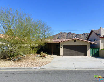 La Quinta Single Family Home Contingent: 53790 Avenida Madero