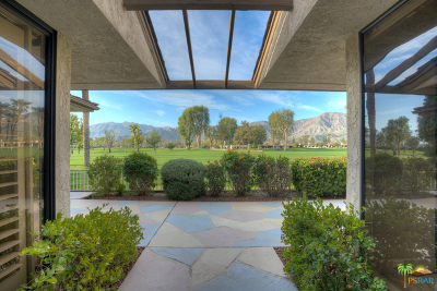 Rancho Mirage Single Family Home For Sale: 11 Duke Drive