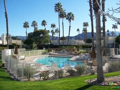 Palm Springs Condo/Townhouse For Sale: 6207 Paseo De La Palma