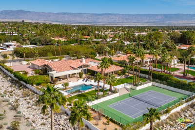 Palm Springs Single Family Home For Sale: 555 W Vista Chino