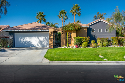 Palm Springs Single Family Home For Sale: 684 E Lily Street