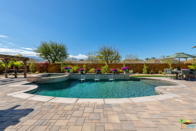 Rancho Mirage Single Family Home Contingent: 33 Alicante Circle