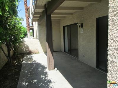 Palm Springs Condo/Townhouse For Sale: 351 E Via Carisma #91