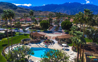 Palm Springs Condo/Townhouse For Sale: 2351 S Birdie Way #C