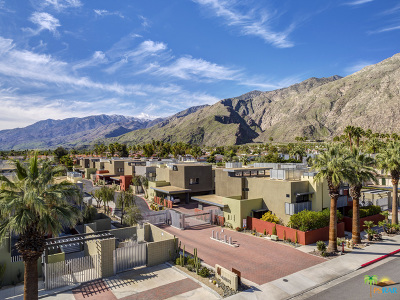 Palm Springs Condo/Townhouse For Sale: 743 E Arenas Road