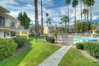 Palm Springs Condo/Townhouse For Sale: 500 S Farrell Drive #N85