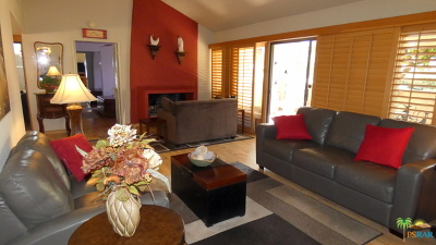 Palm Springs Condo/Townhouse Contingent: 1756 Capri Circle