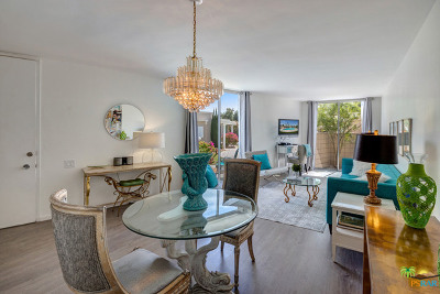 Palm Springs Condo/Townhouse For Sale: 229 W Stevens Road