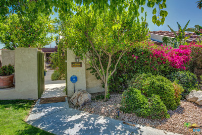 Palm Springs Condo/Townhouse Contingent: 1456 E Andreas Road