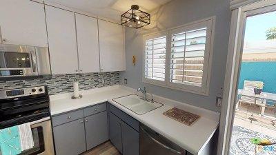 Palm Springs Condo/Townhouse For Sale: 1268 E Ramon Road #9