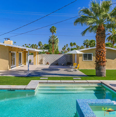 Palm Springs Single Family Home For Sale: 767 E Sunny Dunes Road