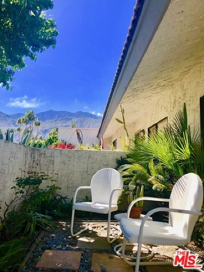 Palm Springs Condo/Townhouse For Sale: 2104 N Sunshine Circle