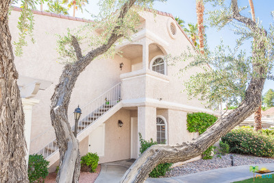 Palm Springs Condo/Townhouse For Sale: 505 S Farrell Drive #I52