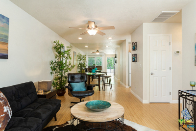 Palm Springs CA Condo/Townhouse For Sale: $124,900