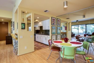 Palm Springs Condo/Townhouse For Sale: 472 N Hermosa Drive