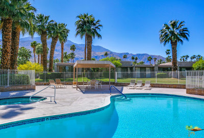 Palm Springs Condo/Townhouse For Sale: 830 N Calle De Flora Vista