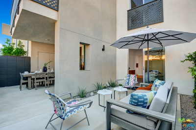 Palm Springs Condo/Townhouse Contingent: 215 The Riv