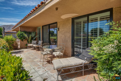 Rancho Mirage Condo/Townhouse For Sale: 76 La Cerra Drive