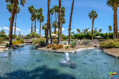 Palm Springs Condo/Townhouse For Sale: 2696 S Sierra Madre #F1