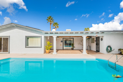 Palm Springs Single Family Home For Sale: 2107 E Finley Road