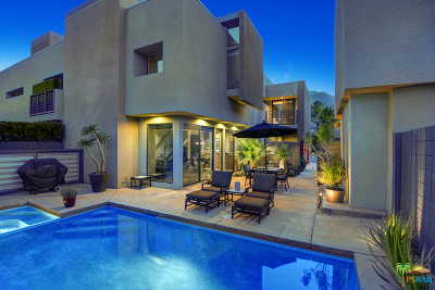 Palm Springs Condo/Townhouse For Sale: 1536 E Baristo Road