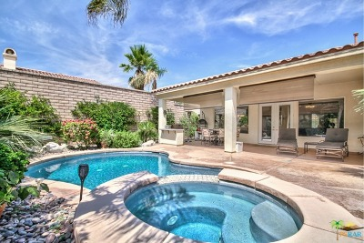 La Quinta Single Family Home For Sale: 44695 Via Catalina