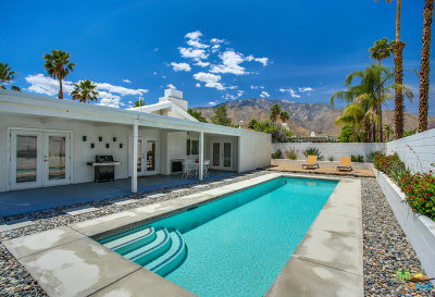 Palm Springs Single Family Home For Sale: 1370 E Racquet Club Road