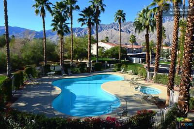 Palm Springs Condo/Townhouse For Sale: 2001 E Camino Parocela #I60