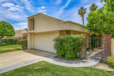 Palm Springs Condo/Townhouse For Sale: 7551 Paseo Azulejo