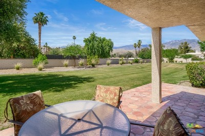 Cathedral City Condo/Townhouse For Sale: 68191 Seven Oaks Place