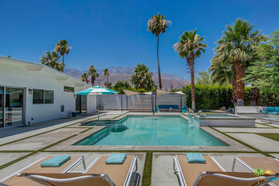 Palm Springs Single Family Home For Sale: 2928 E Plaimor Avenue