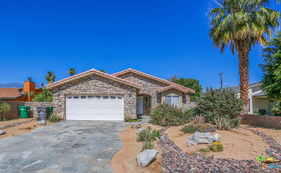 Cathedral City Single Family Home For Sale: 31711 Whispering Palms