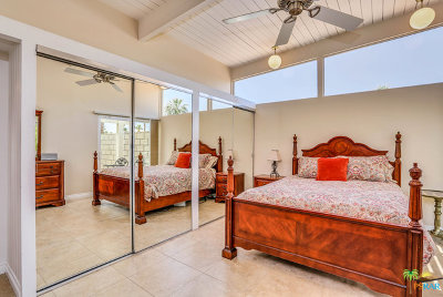 Palm Springs Single Family Home For Sale: 421 E Desert Holly Circle
