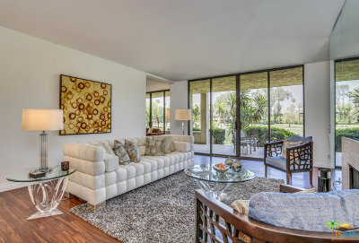 Rancho Mirage Condo/Townhouse For Sale: 910 Island Drive #104