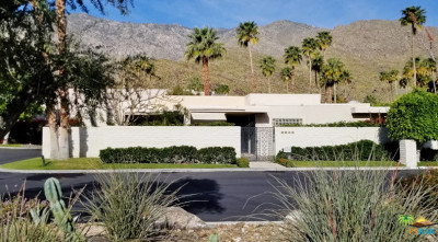 Palm Springs Condo/Townhouse For Sale: 2643 Canyon South Drive