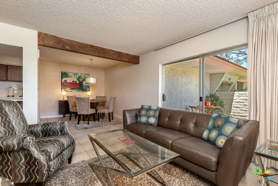 Palm Springs Condo/Townhouse For Sale: 2504 N Whitewater Club Drive #C