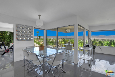 Palm Springs Condo/Townhouse For Sale: 2145 Southridge Drive