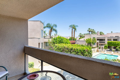 Palm Springs Condo/Townhouse For Sale: 472 E Club Drive