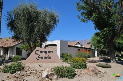 Palm Springs Condo/Townhouse Contingent: 2240 Miramonte Circle #A
