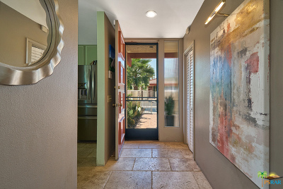 Palm Springs Condo/Townhouse For Sale: 2069 S Caliente Drive