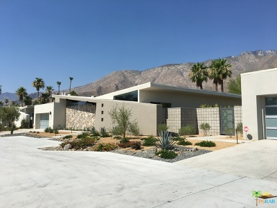 Palm Springs Single Family Home For Sale: 264 W Vista Chino
