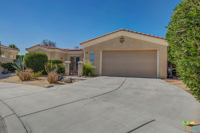 Palm Desert Single Family Home Contingent: 74144 Chinook Circle