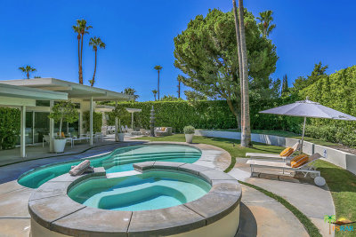Palm Springs Single Family Home For Sale: 545 N Chiquita Circle