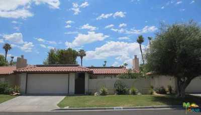 Vista Del Montana Condo/Townhouse For Sale: 75235 Vista Corona