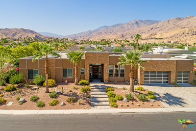 Palm Springs Single Family Home For Sale: 701 La Estrella