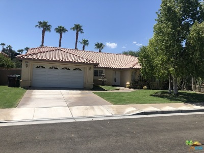 La Quinta Single Family Home For Sale: 78545 Naples Drive