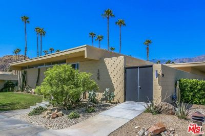Palm Springs Condo/Townhouse For Sale: 155 Desert Lakes Drive