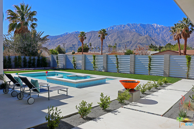 Palm Springs Single Family Home For Sale: 2966 N Biskra Road