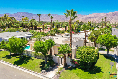 Palm Desert Single Family Home For Sale: 74135 Fairway Drive