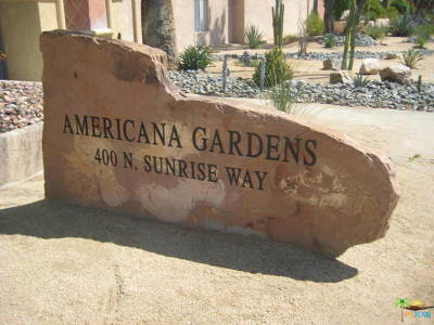 Palm Springs Condo/Townhouse For Sale: 400 N Sunrise Way #139